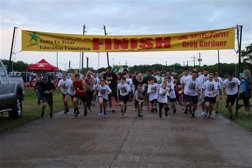 Santa Fe TX Education Foundation / Fun Run and Helicopter